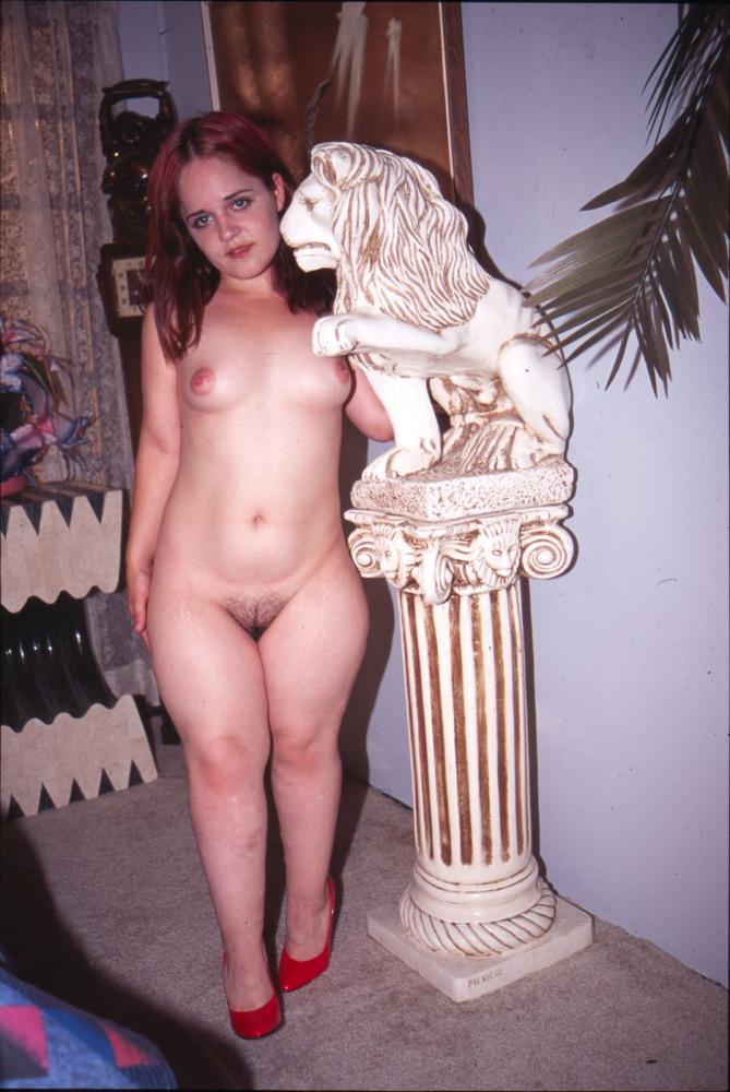Female Sonia Dark-hued Midget..