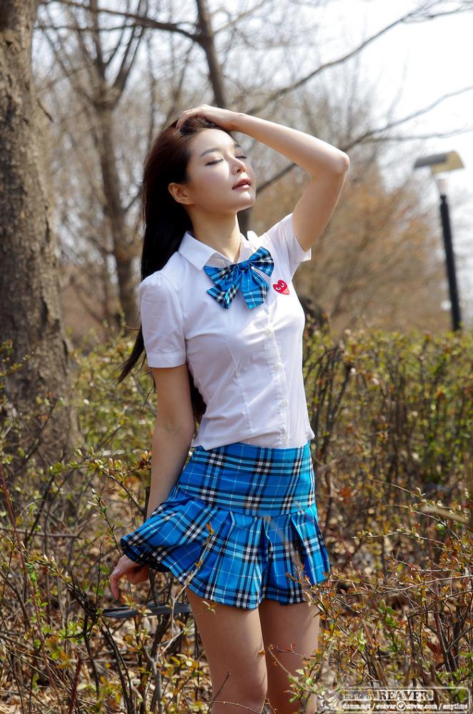 Sexy_School_Girl_Lee_Eun_Seo_024