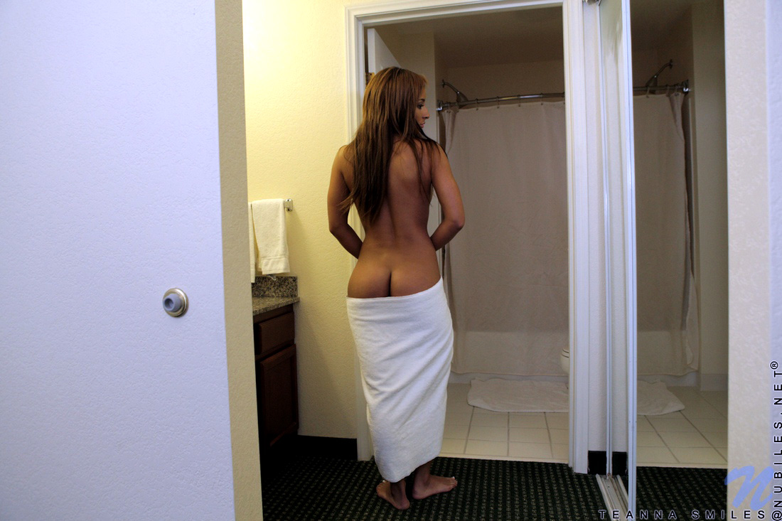 Gorgeous black globs her towel to..
